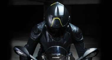 Jak správně vybrat helmu na motorku?